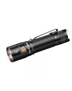 Fenix E28R Luminus SST40 kühl weiß LED 1500 Lumen 200 Meter USB Typ-C Aufladbare Taschenlampe